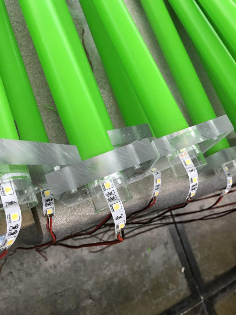Reebok displays frezen laseren warm buigen lijmen